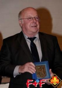 Dr. Norbert Blüm bei der Verleihung der St. Georgs-Plakette in Berlin